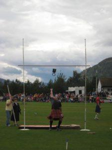 alt Descubre en qué consisten los Highland Games de Escocia